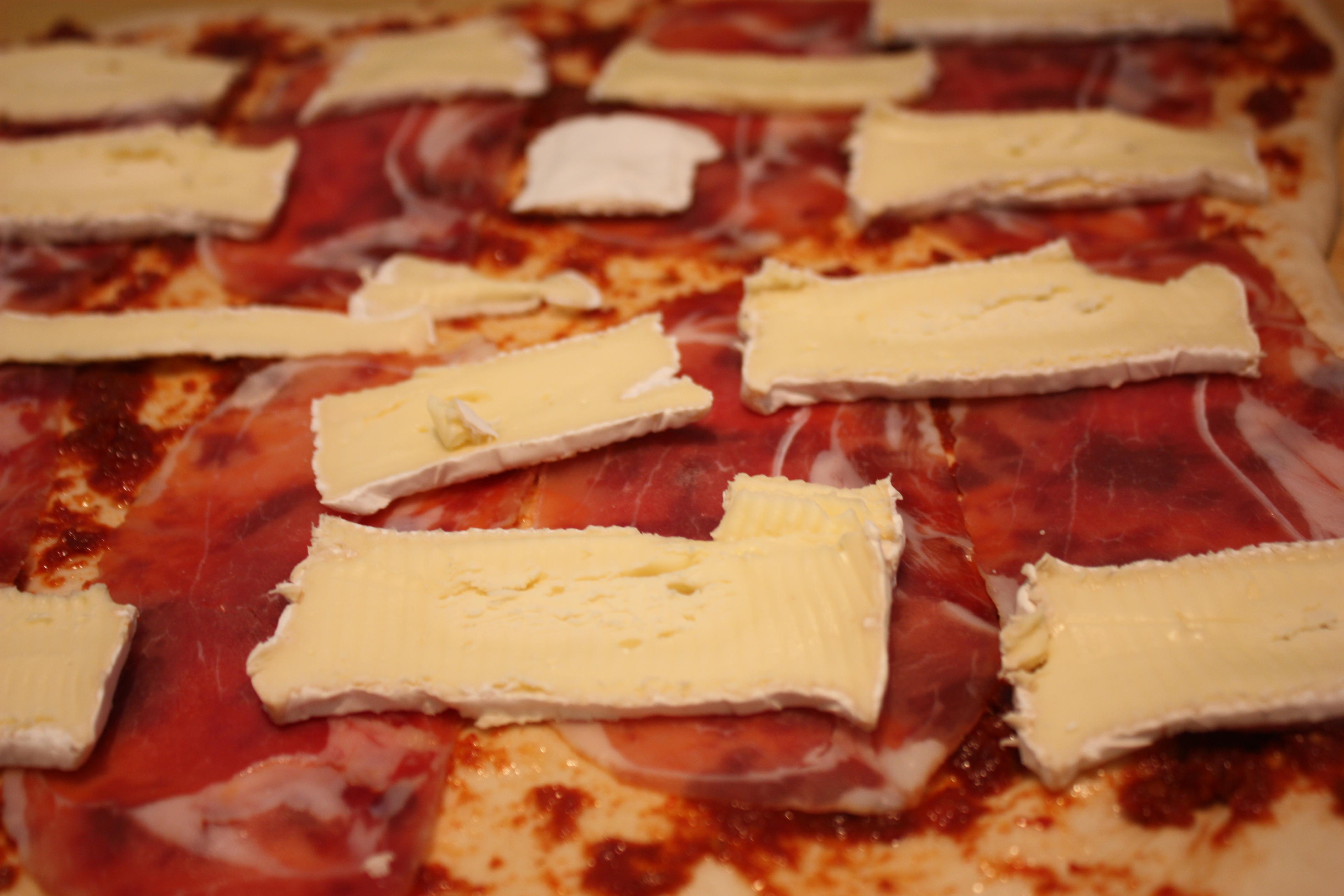 pizza og pølser